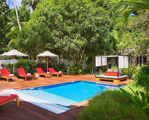 12-avani-hotel-seychelles-spa-pool