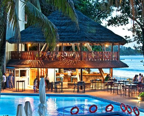 Coral Strand pool bar