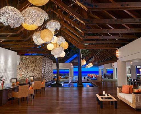 6-avani-hotel-seychelles-entrance-hotel