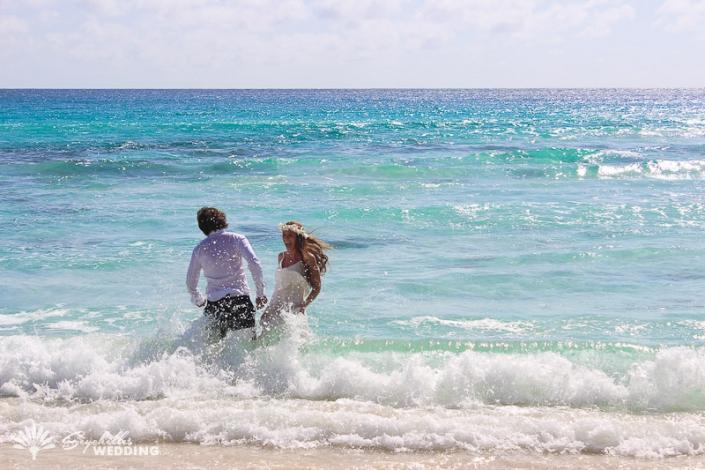 bride-trash-the-dress-indian-ocean