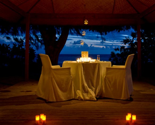Denis island resort dinner