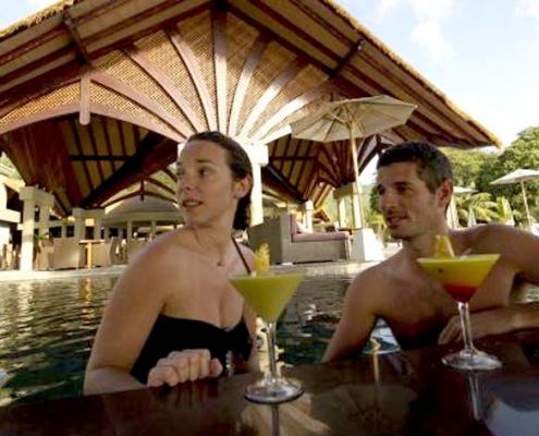 Orangeraie couple bar