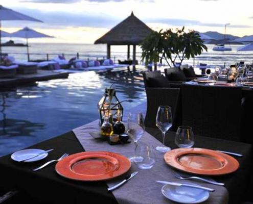 Orangeraie pool deck