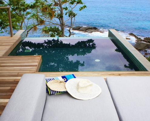 Carana Beach Hotel veranda
