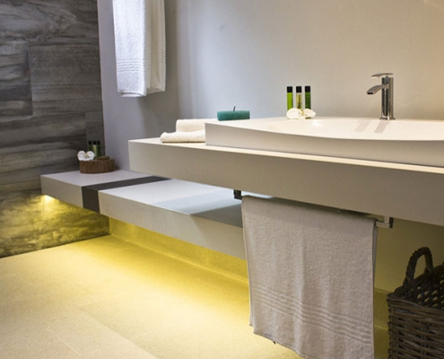 Carana Beach Hotel Bathroom