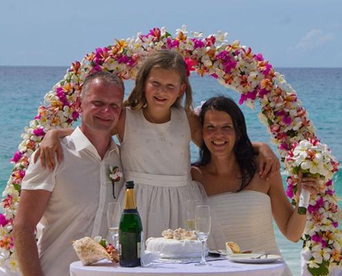 Carana Beach wedding couple
