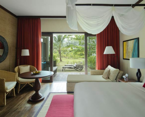 This shows a photo of the Story Resort the Suite with view to the garden